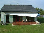 Jak těžké je postavit pasivní dům z vápenopískových cihel? A jak se v něm žije?